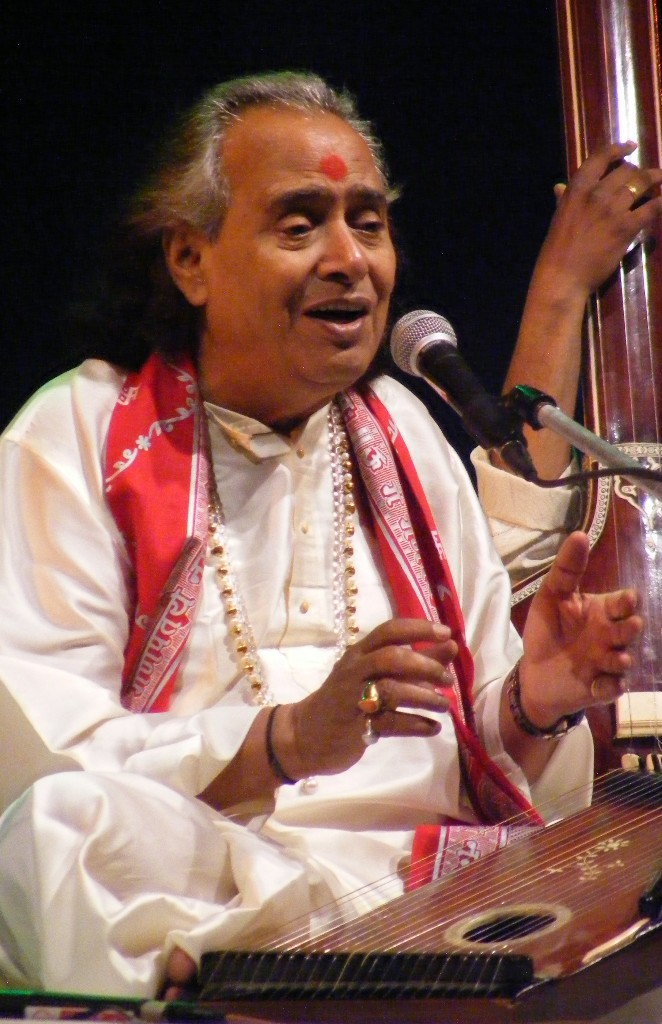 Pandit Chhannulal Mishra Says  'if the listener cannot understand the song, it is useless to sing'