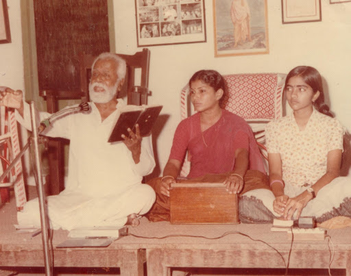 A Biography of Indian carnatic vocalist and musicologist S. Ramanathan